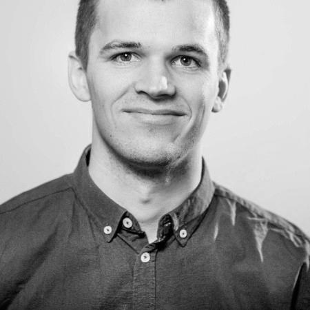 Jonathan Bräuner Delfs, SEM-specialist